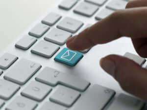 内定承諾 メール 書き方 ポイント